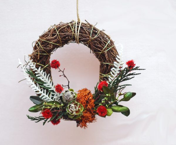 Mini corona de Navidad de flores naturales preservadas